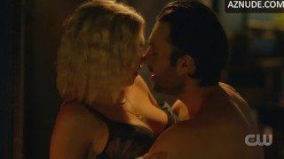 Porno eliza taylor Eliza Taylor